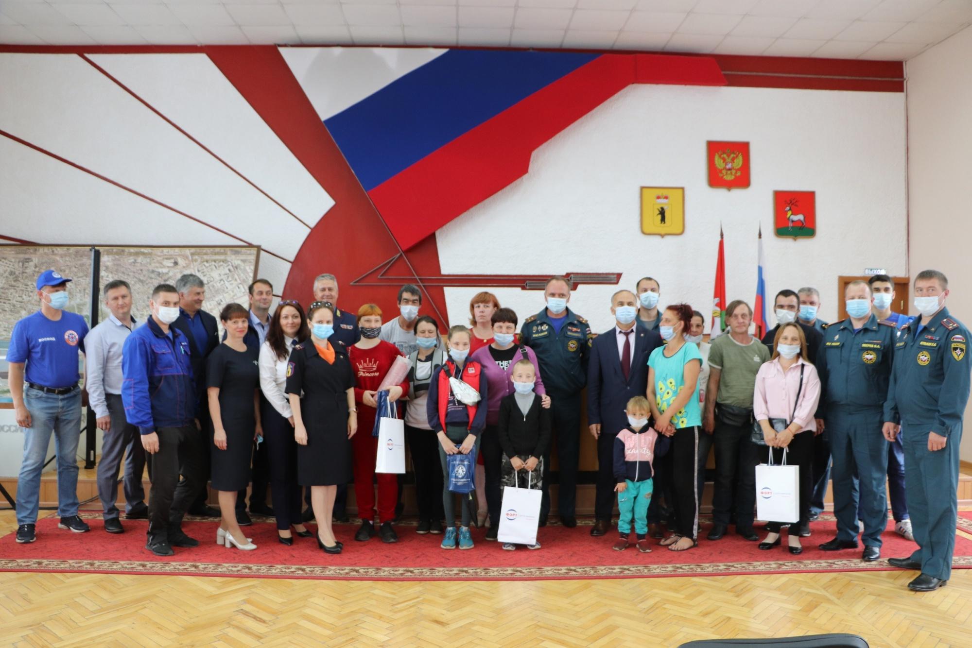 17 июля, в региональном МЧС состоялось торжественное открытие мероприятия, посвящённого социальной акции «За безопасное детство».