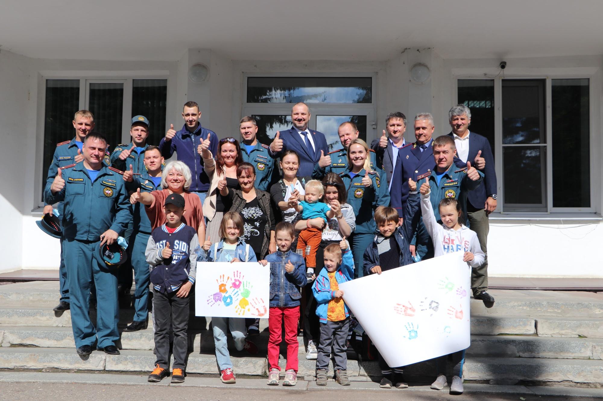 В рамках 30-летия МЧС России Главным управлением МЧС России по Ярославской области инициировано проведение социальной акции «За безопасное детство».